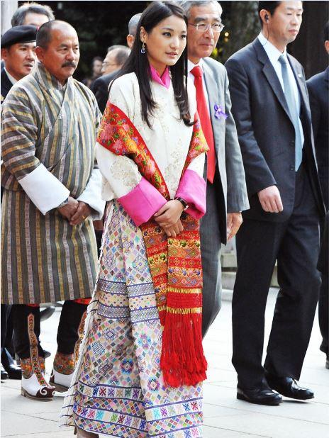 Jetsun Pema with Rachu
