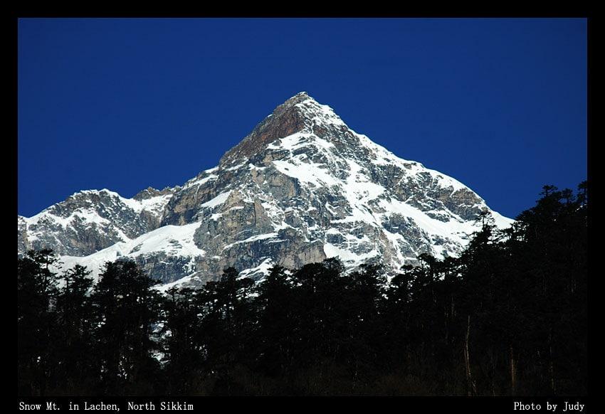 ยอดเขาคังเชงจุงก้า สูงอันดับสามของโลกที่สิกขิม อินเดีย