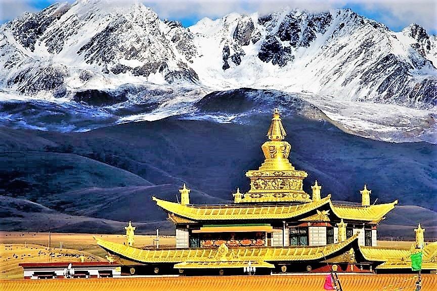 วัดถ่ากง Tagong Monastery กับยอดเขาหิมะยาลา